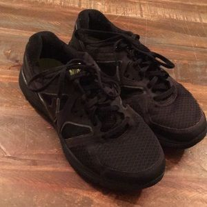 Other - Youth Nike tennis shoes